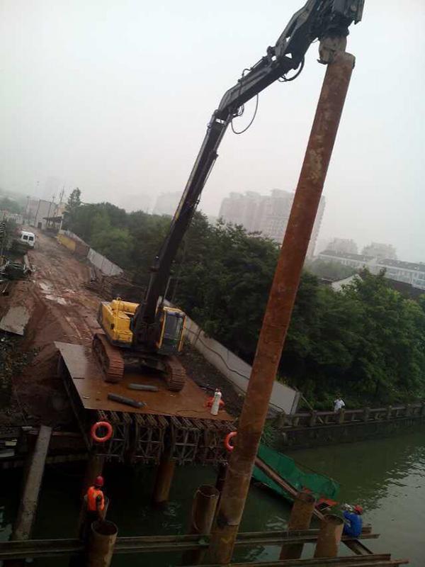 Steel Pipe Piling Equipment | Bridge Construction Piling